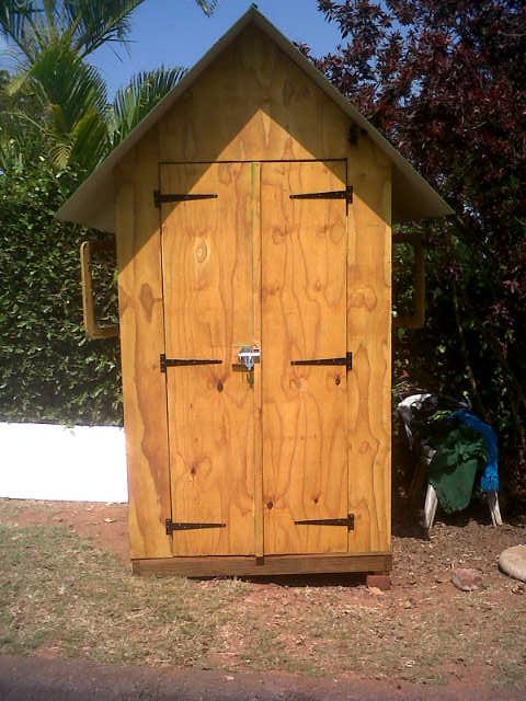 1.2m guard hut - double doors