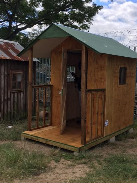 1.5m x 2.4m guard hut